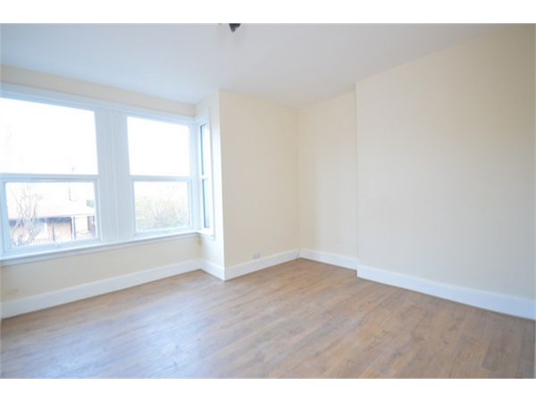 Property & Flats to rent with Daniels Estate Agents (Kensal Rise) L2L731-1431