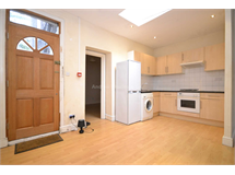 2 Bed House in Holloway property L2L77-1000