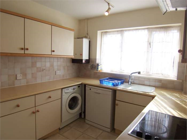 Property & Flats to rent with Burwood Marsh L2L78-208