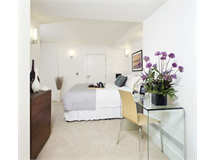 2 Bed Flats And Apartments in Fitzrovia property L2L82-437