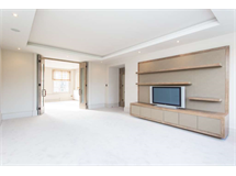 3 Bed Flats And Apartments in Fitzrovia property L2L82-1110