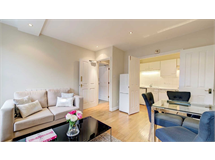 2 Bed Flats And Apartments in Fitzrovia property L2L82-1066