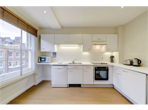 2 Bed Flats And Apartments in Fitzrovia property L2L82-1067