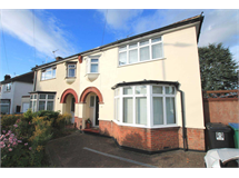 4 Bed House in Leggatts property L2L83-437