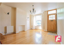 2 Bed House in Oxhey property L2L83-261