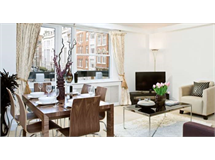 2 Bed Flats And Apartments in Fitzrovia property L2L84-239