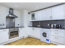 2 Bed Flats And Apartments in Earls Court property L2L87-1046