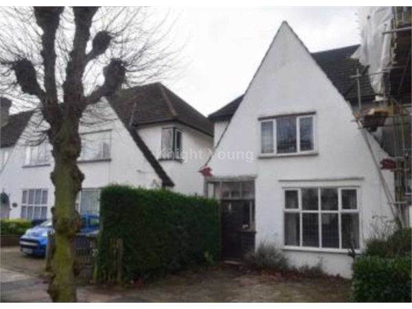 Property & Flats to rent with Knight Young & Co (Ealing) L2L88-272