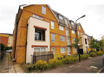 1 Bed Flats And Apartments in Sidcup property L2L9011-704