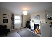2 Bed Flats And Apartments in Sidcup property L2L9011-700