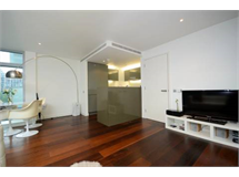 2 Bed Flats And Apartments in Canary Wharf property L2L9034-1068
