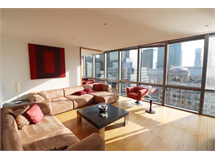 2 Bed Flats And Apartments in Canary Wharf property L2L9034-986