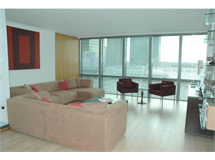 2 Bed Flats And Apartments in Canary Wharf property L2L9034-223