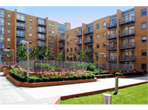 1 Bed Flats And Apartments in Canary Wharf property L2L9034-203