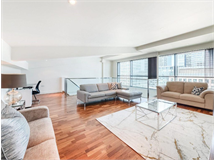 2 Bed Flats And Apartments in Canary Wharf property L2L9034-1395