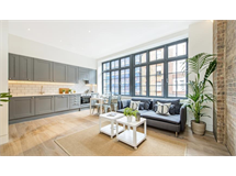 2 Bed Flats And Apartments in Fitzrovia property L2L9034-1003