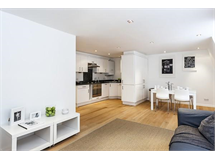 2 Bed Flats And Apartments in Fitzrovia property L2L9034-1043