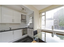 1 Bed Flats And Apartments in Fitzrovia property L2L9034-1047