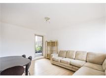 3 Bed Flats And Apartments in Battersea property L2L9034-3378