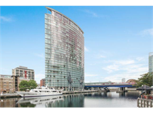 2 Bed Flats And Apartments in Canary Wharf property L2L9034-6618