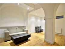 4 Bed Flats And Apartments in Fitzrovia property L2L92-12431
