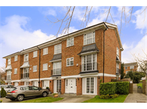 4 Bed House in Shortlands property L2L9617-344