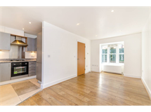 2 Bed House in Beckenham property L2L9629-474