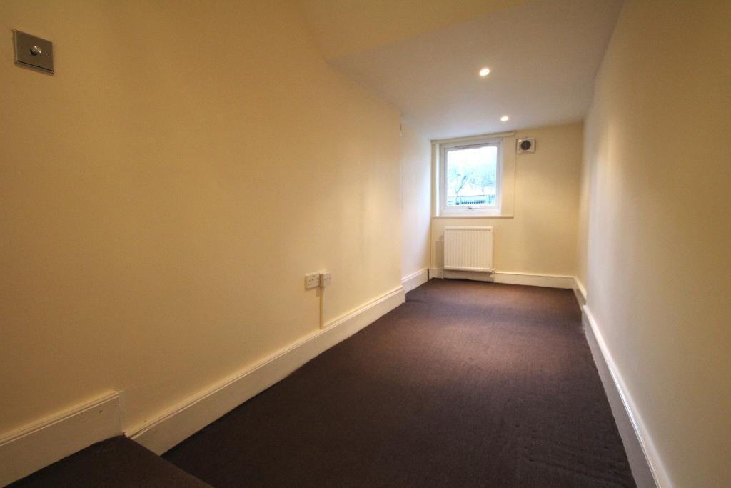 London Rental Property L2L101-220