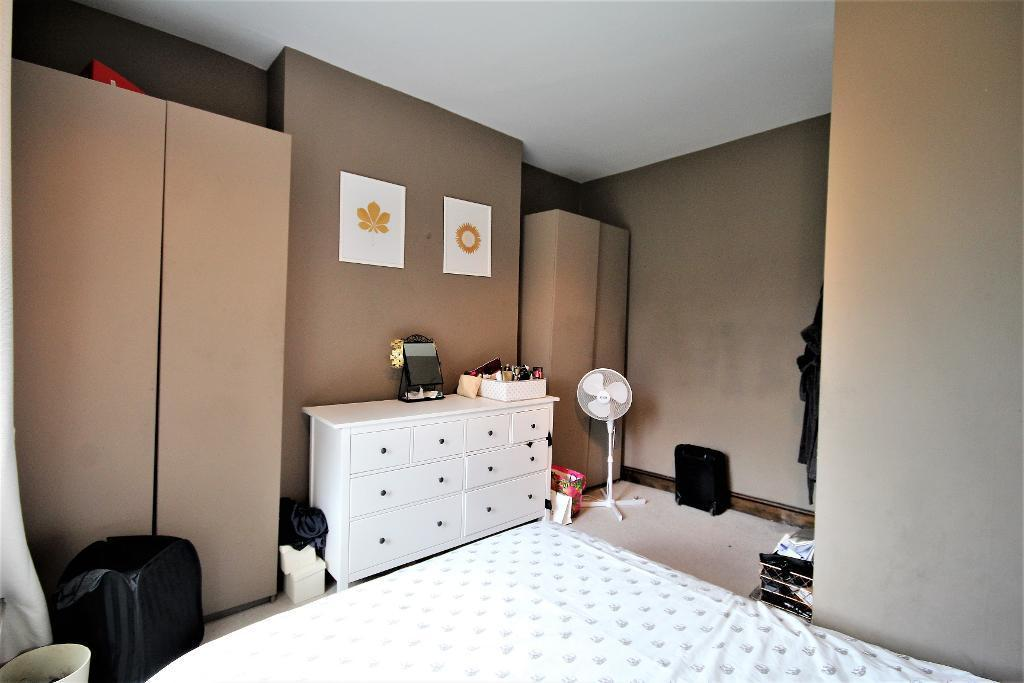 Flats And Apartments To Rent In London L2L101-909