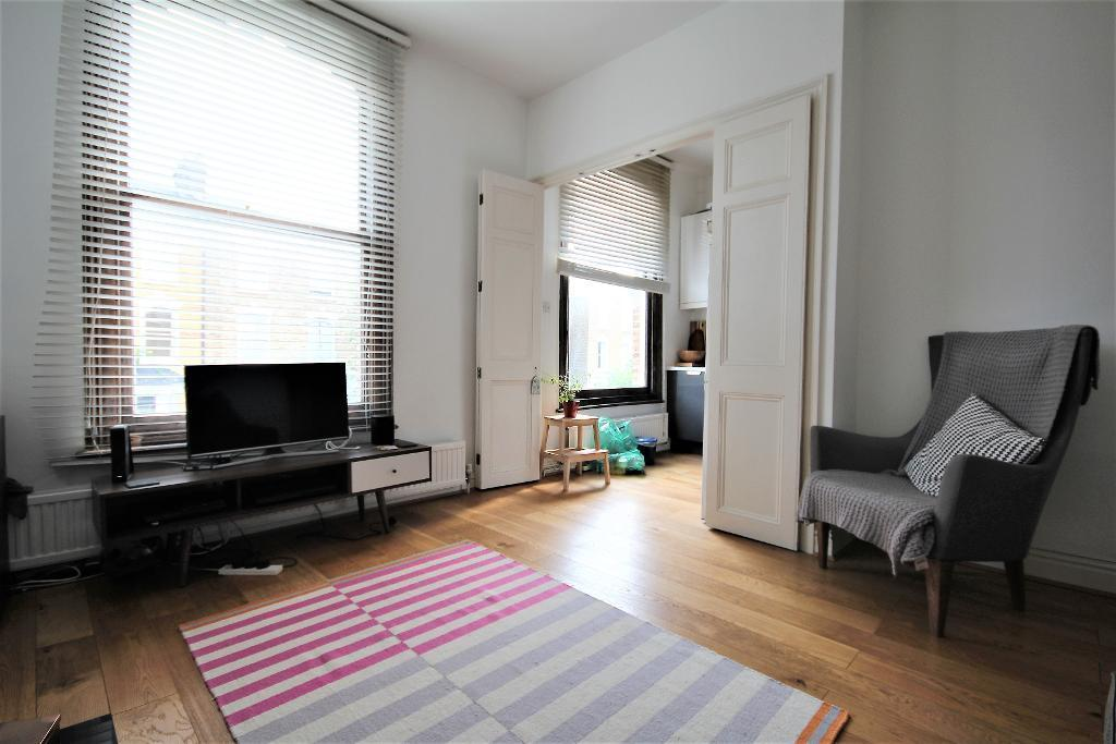 Rent In London L2L101-909