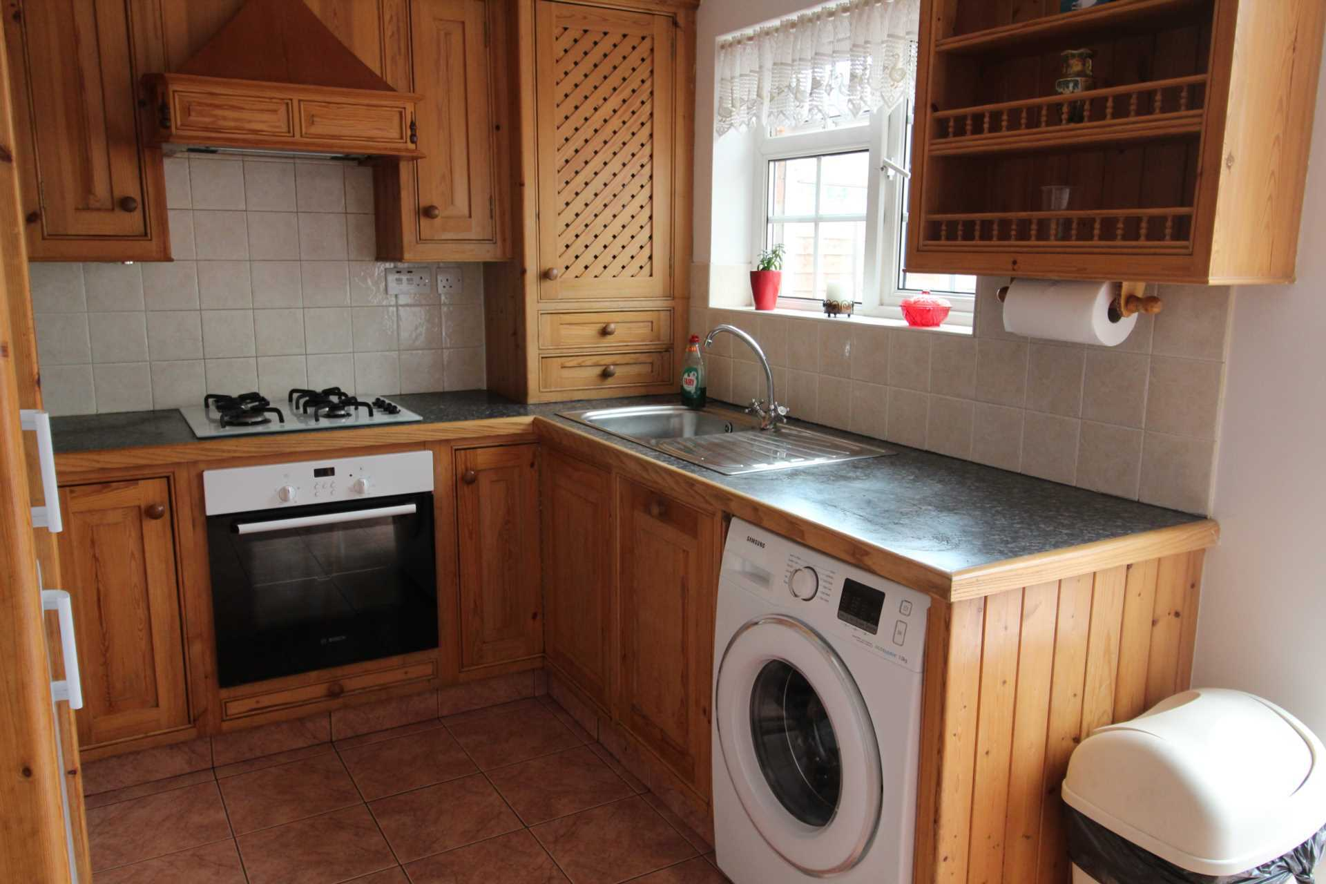 Property To Rent In London L2L107-723