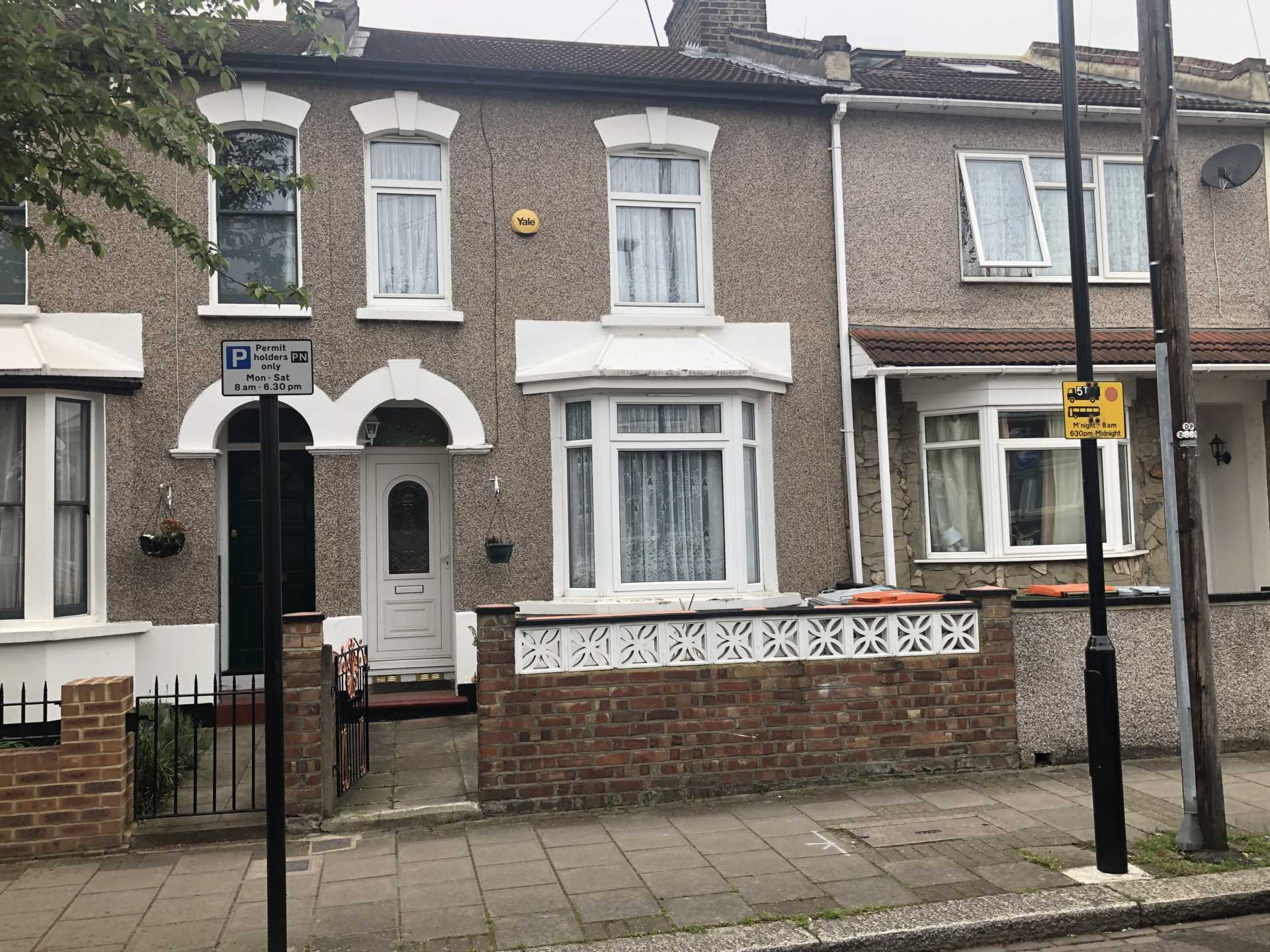 Property To Rent In London L2L107-743
