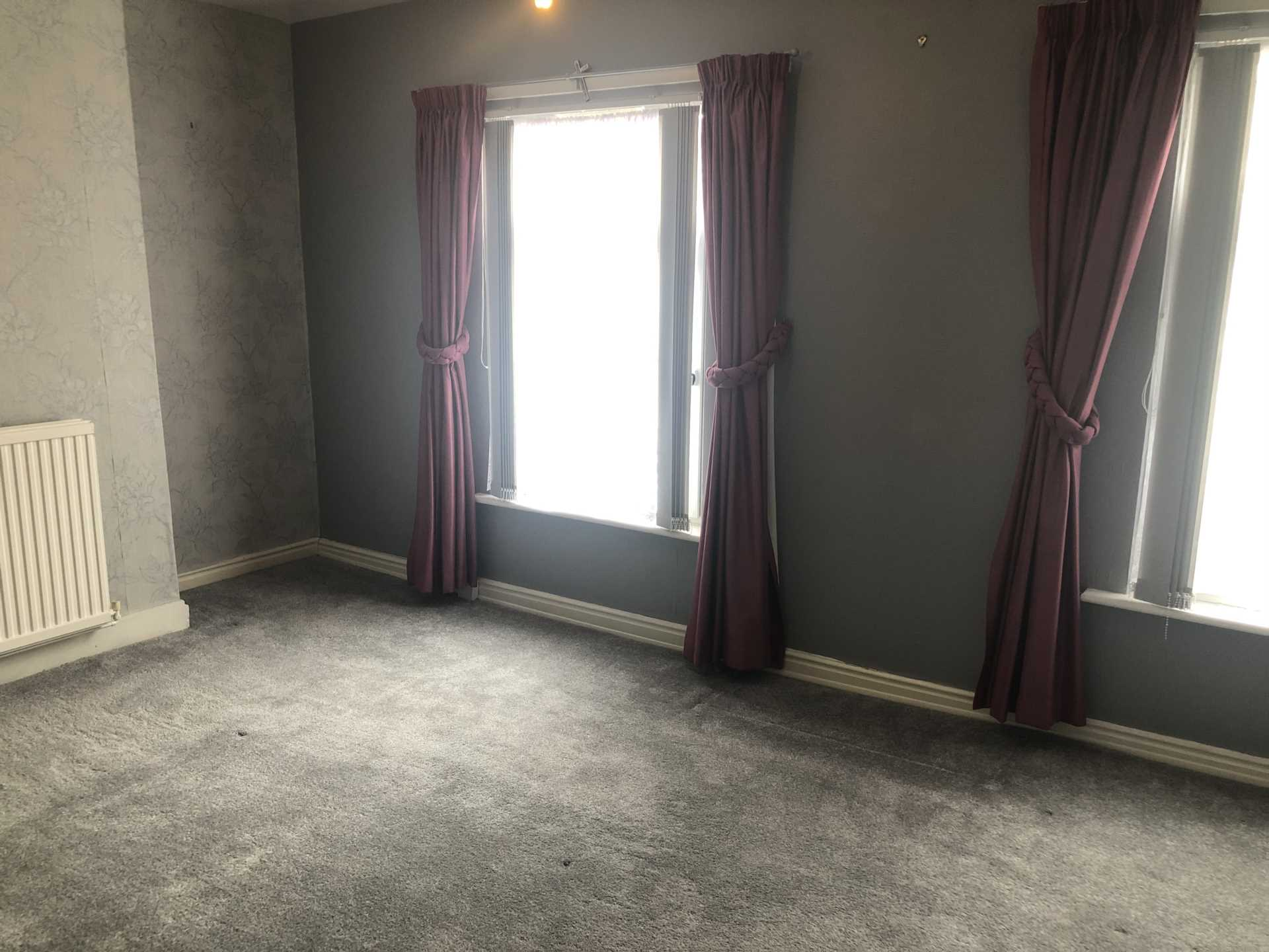 House To Rent In Plaistow L2L107-743