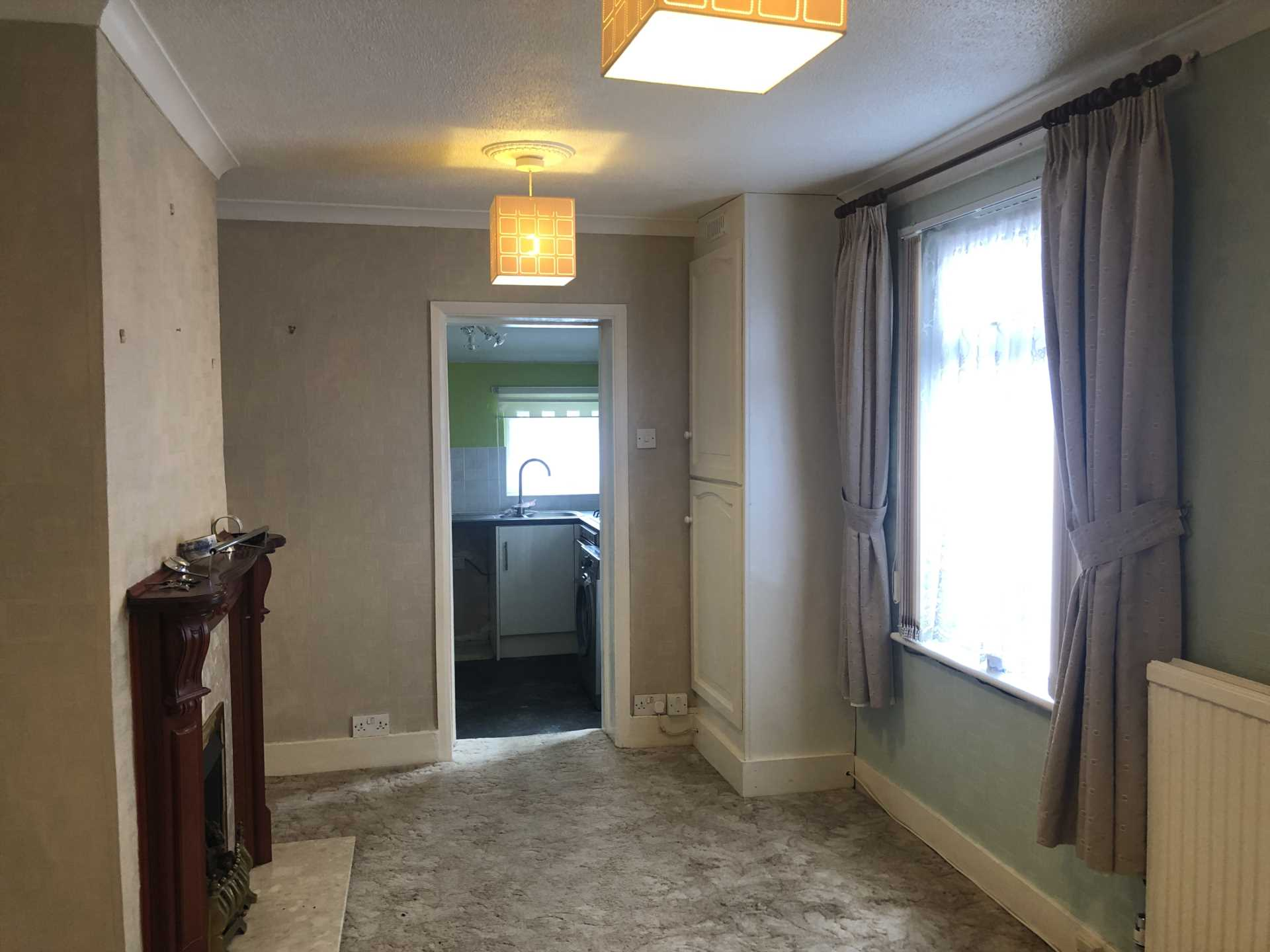 Rent In London L2L107-743
