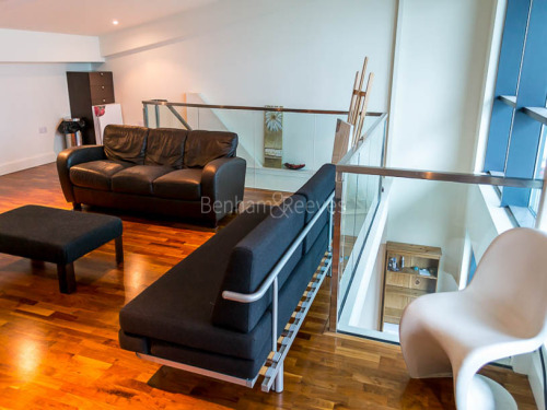 Flats And Apartments To Rent In London L2L1076-260