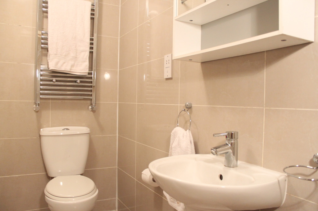 Flats And Apartments To Rent In Shadwell L2L1110-353