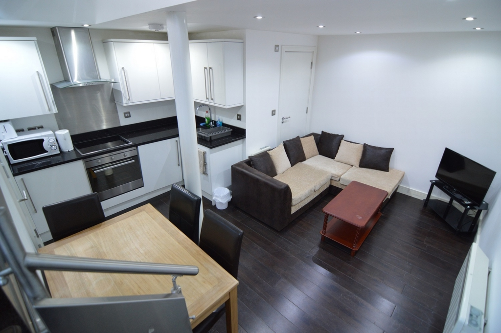 Property To Rent In London L2L1110-426
