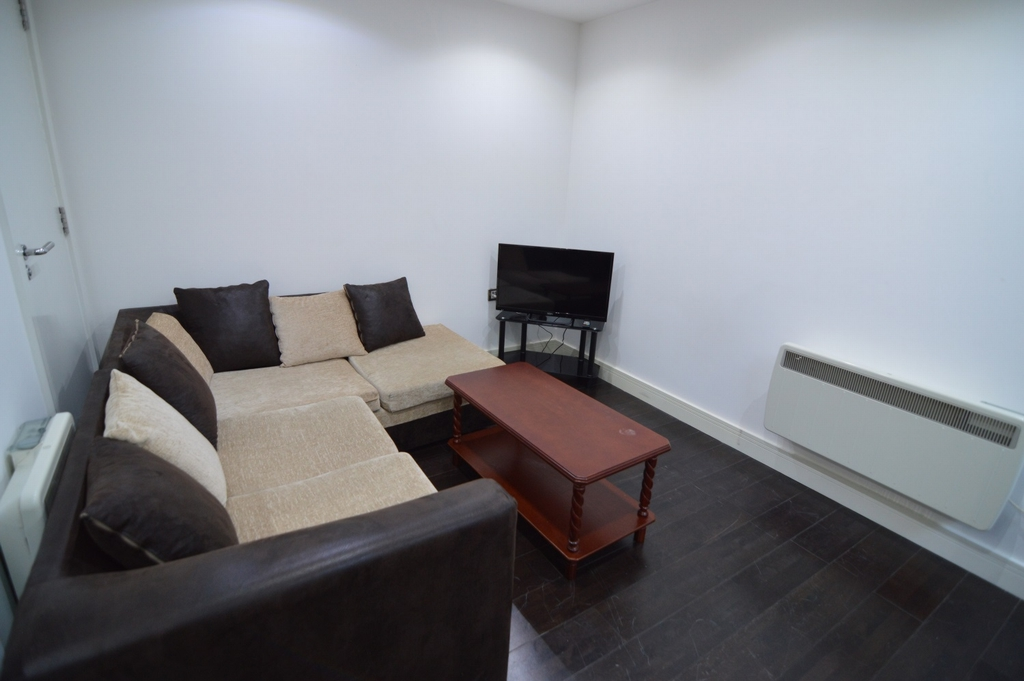 House To Rent In Bethnal Green L2L1110-426