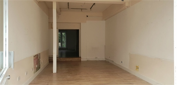 Commercial Property To Rent In London L2L114-413