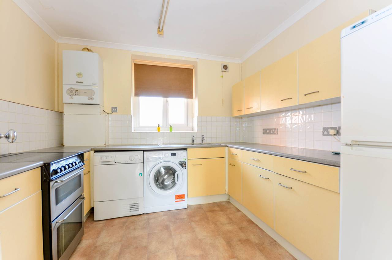 Property To Rent In Stockwell L2L1200-969