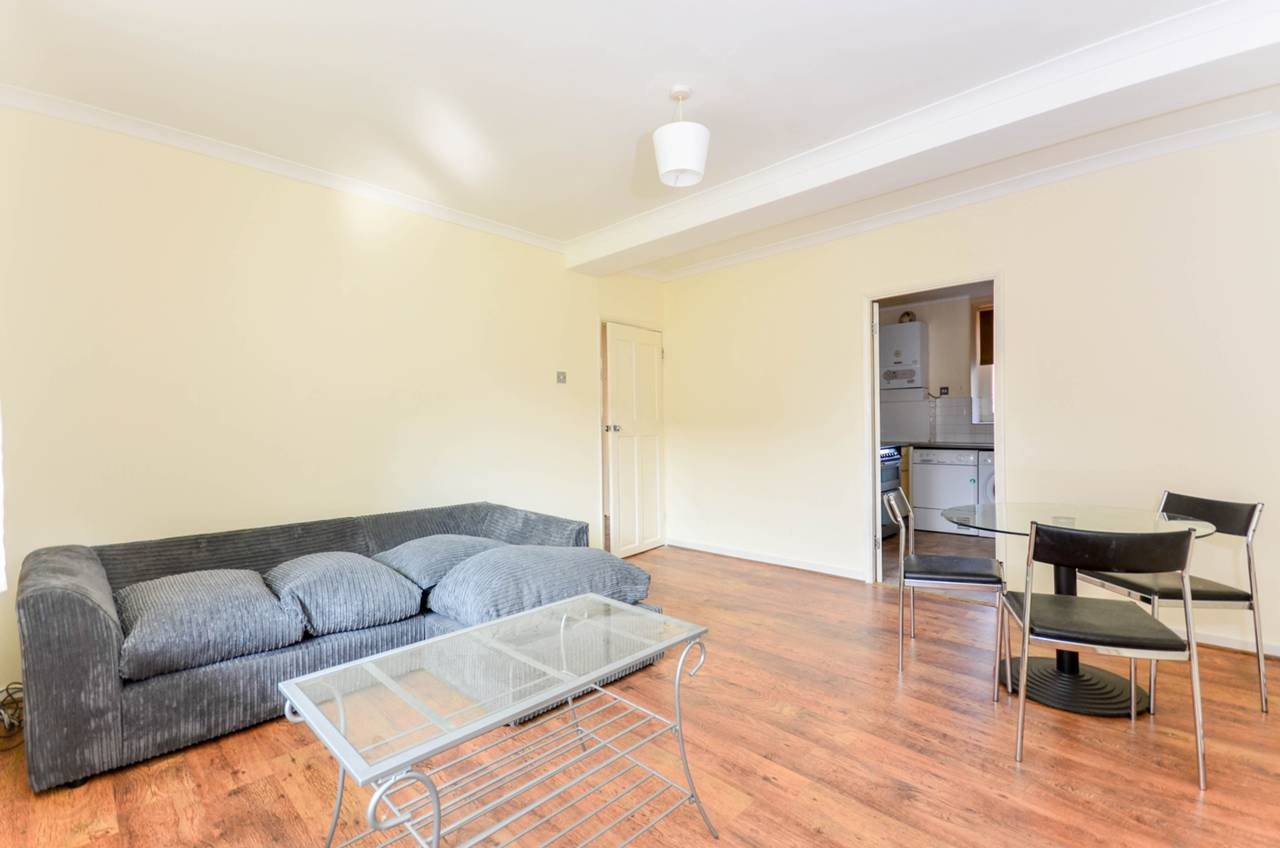 Flats And Apartments To Rent In London L2L1200-969