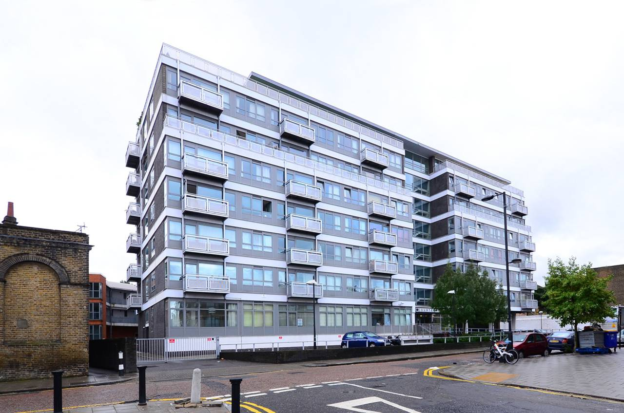 Property & Flats to rent with Foxtons (Brixton) L2L1200-973