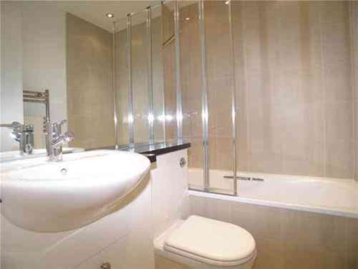 Student To Rent In London L2L128-275
