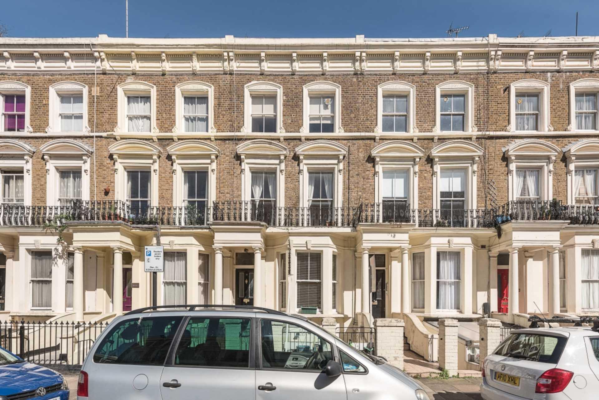 Property To Rent In London L2L128-539