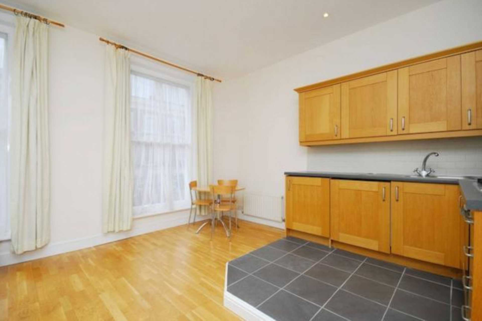 Flats And Apartments To Rent In London L2L128-539