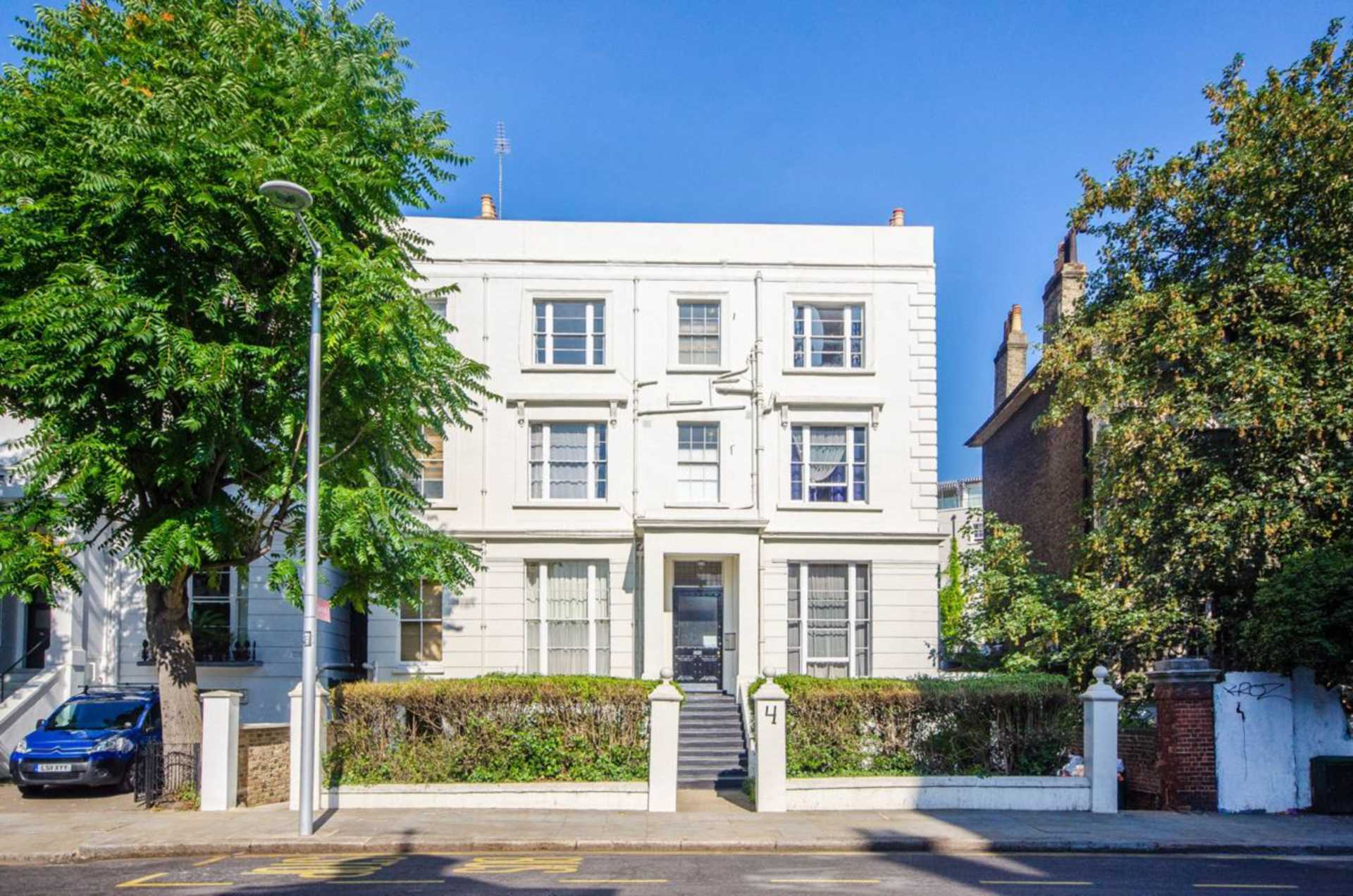 Property To Rent In London L2L128-606