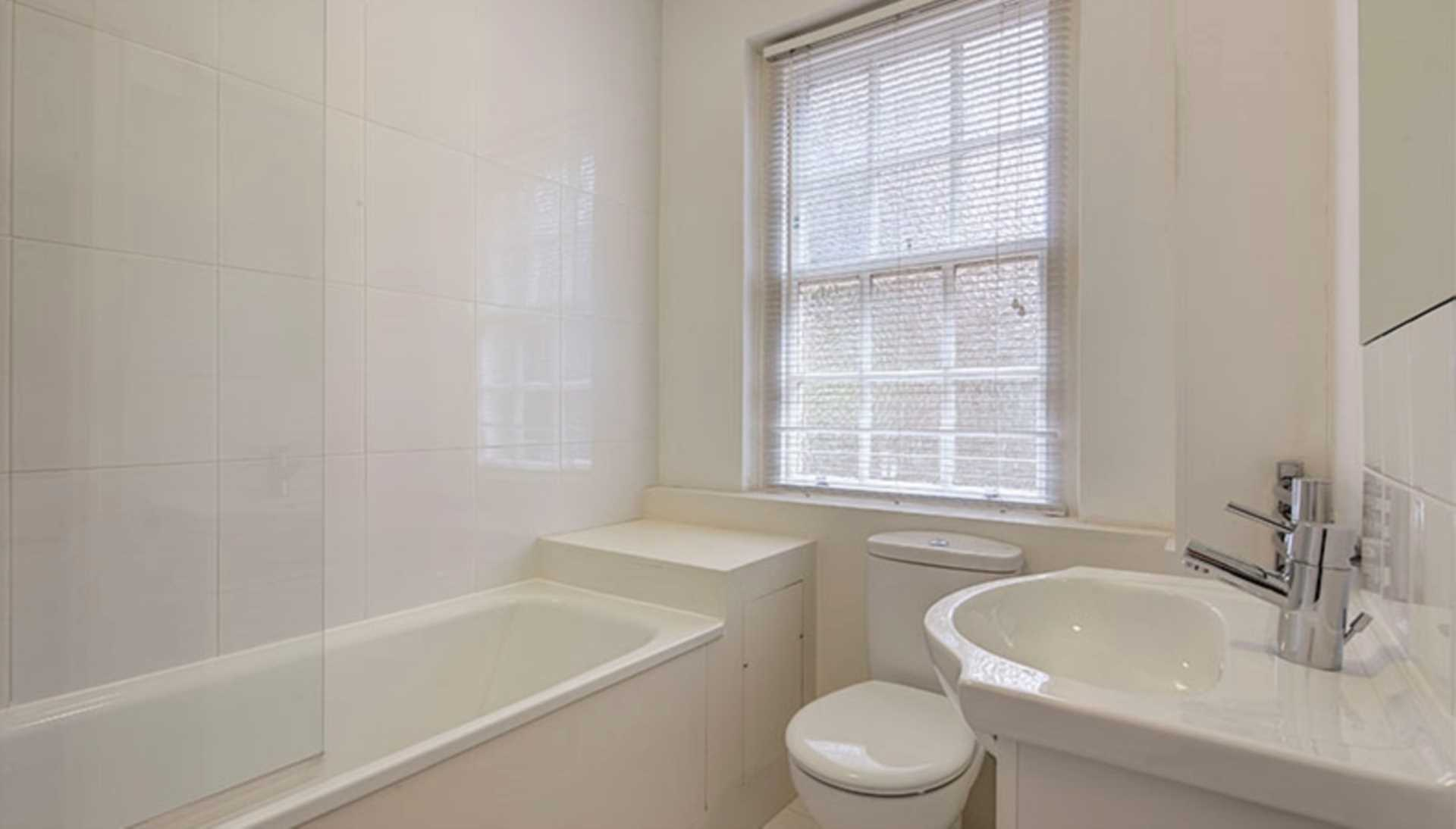 Flats And Apartments To Rent In Brompton L2L128-723