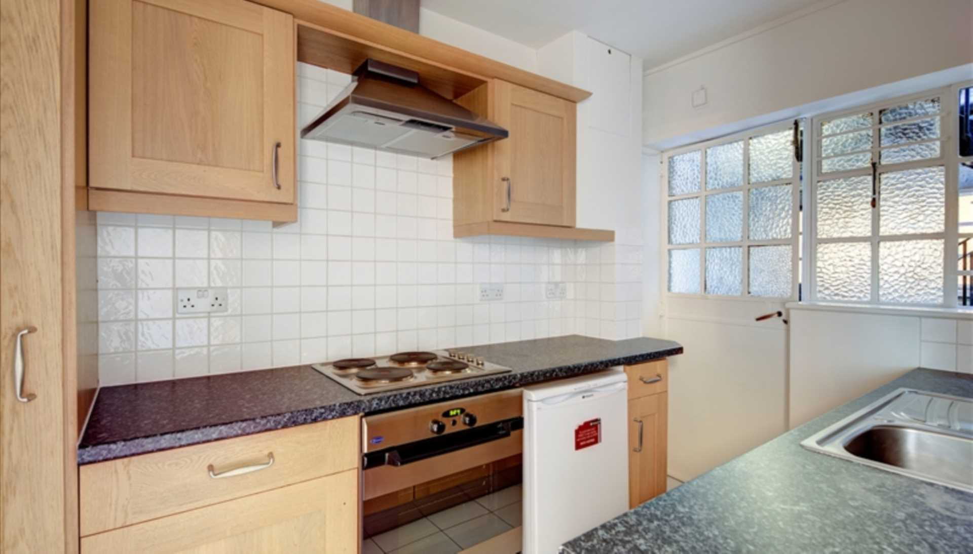 Student To Rent In Brompton L2L128-768