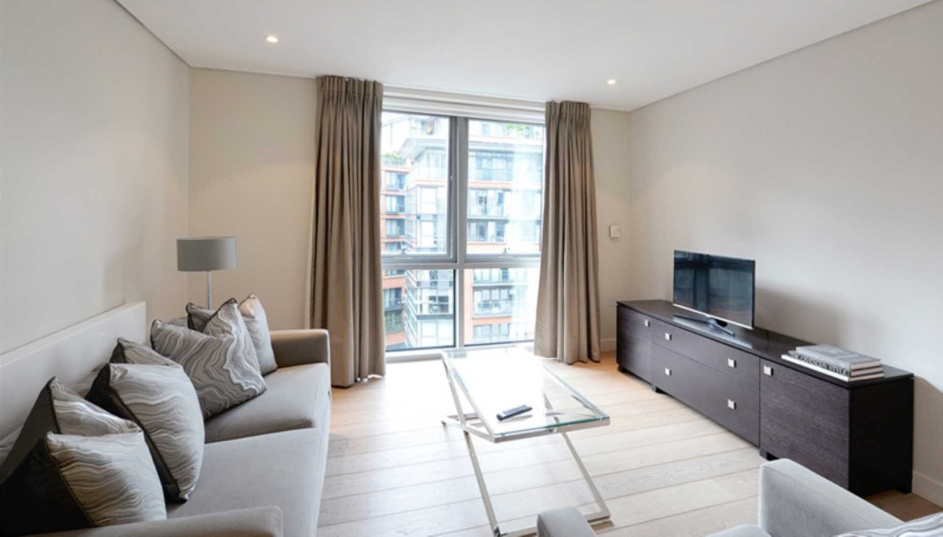 Property To Rent In London L2L128-1365