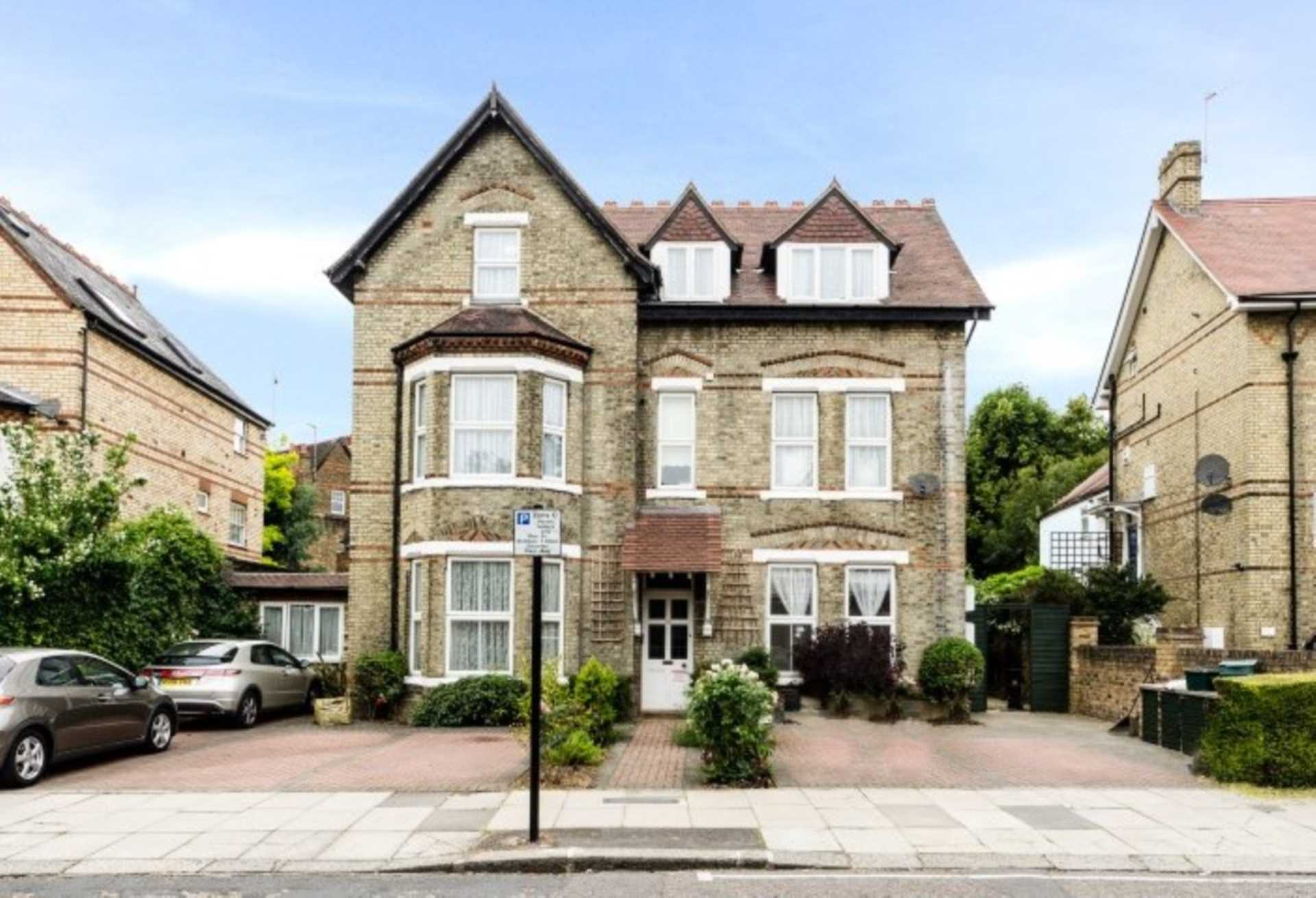 Property To Rent In London L2L128-1373